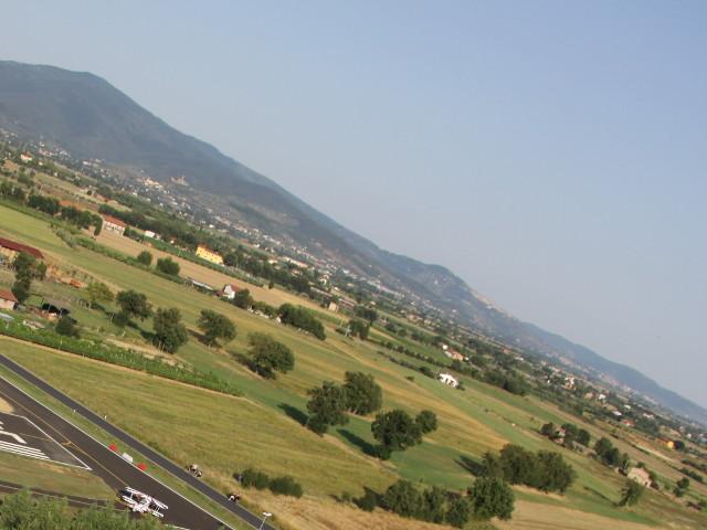 Campagne toscane riprese dall'alto nei dintorni del Centro di volo