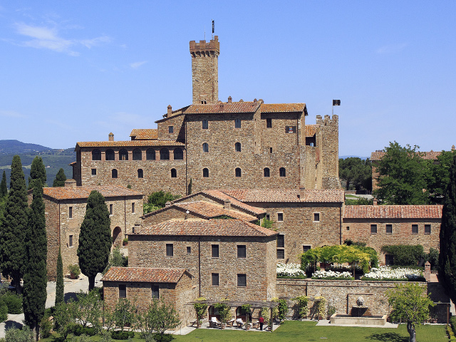 Veduta panoramica del Castello Banfi
