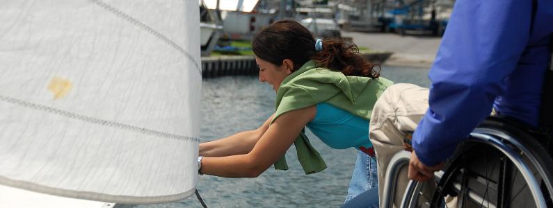 preparazione della barca a vela