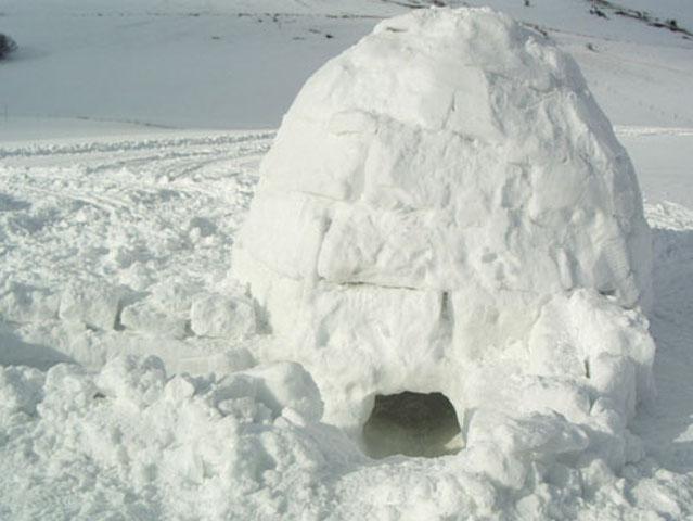 igloo visto dal lato del foro di ingresso