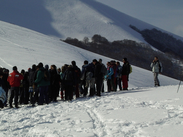 Numeroso gruppo di escursionisti