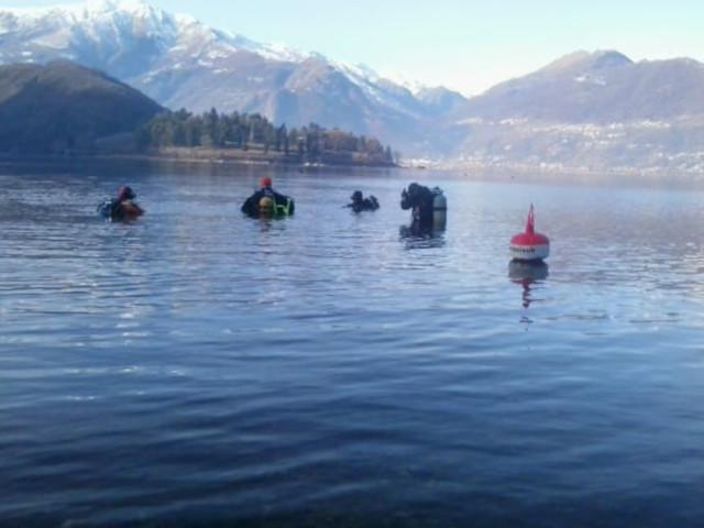 Il gruppo di sub poco prima dell'immersione